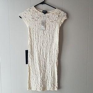 Bebe lace cap sleeve dress